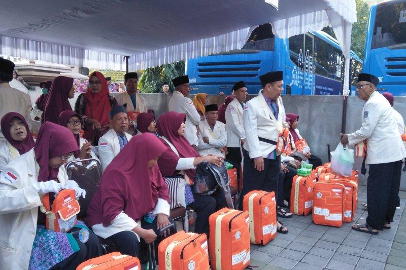 Getaran gempa Bali hingga ke NTB,  Jamaah calon haji Mataram panik
