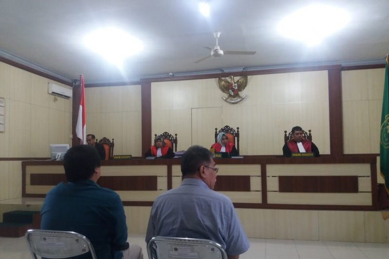 Duplik Mantan Kadishutbun Siak dan Direktur PT DSI dinilai pengulangan