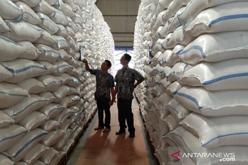Stok beras Bulog Batang aman hingga Desember
