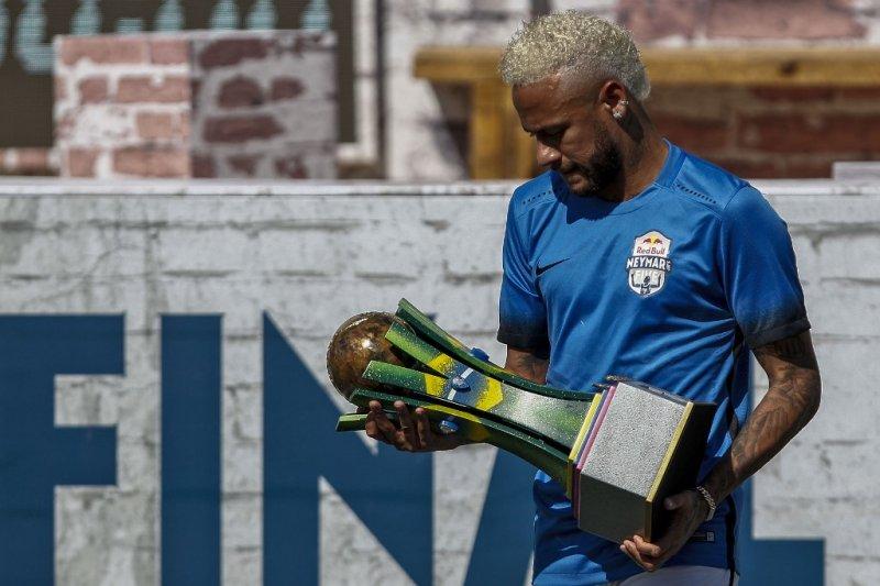 PSG ungkap Neymar belum ditawar Barcelona