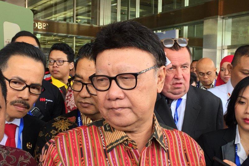 Mendagri sebut Wali Kota Tangerang tidak etis, terkait perseteruan Menkumham dan Arief R