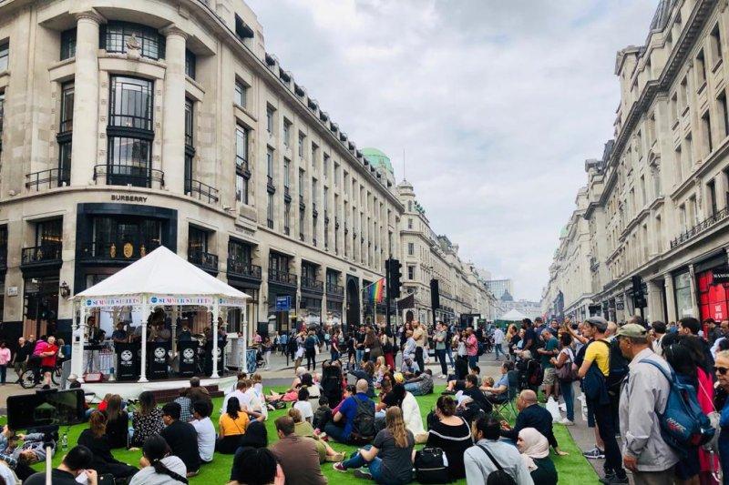 Festival musim panas Regent Street London