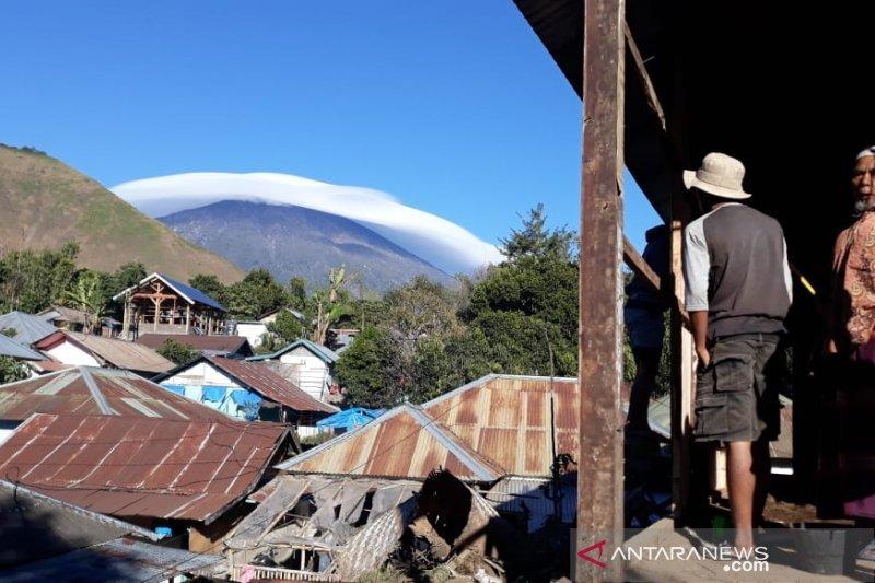 Fenomena topi awan di Gunung Rinjani dikaitkan gempa, ini penjelasannya