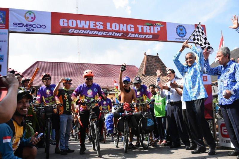 Warga Sleman bersepeda ke Jakarta kampanyekan antinarkoba