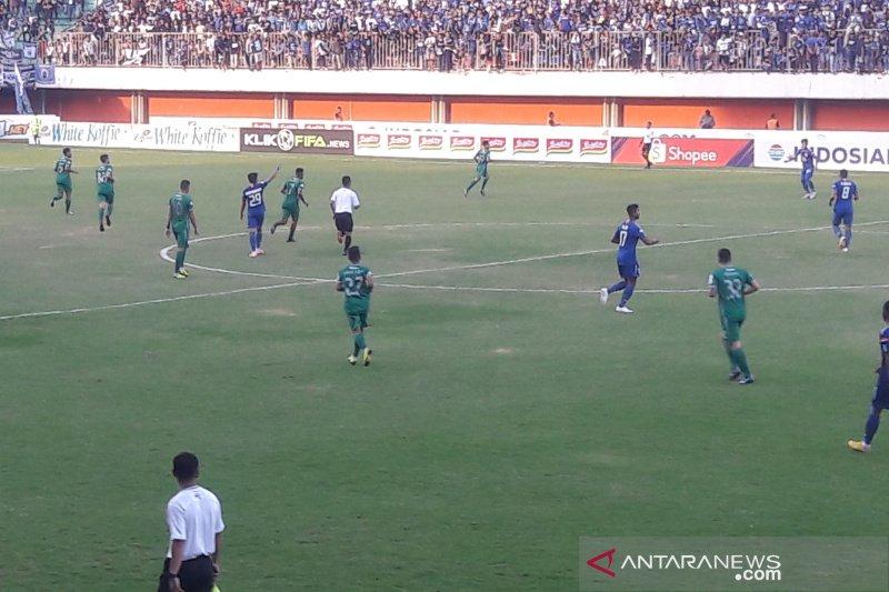 PSIS Semarang tundukkan PSS 3-1 di kandang