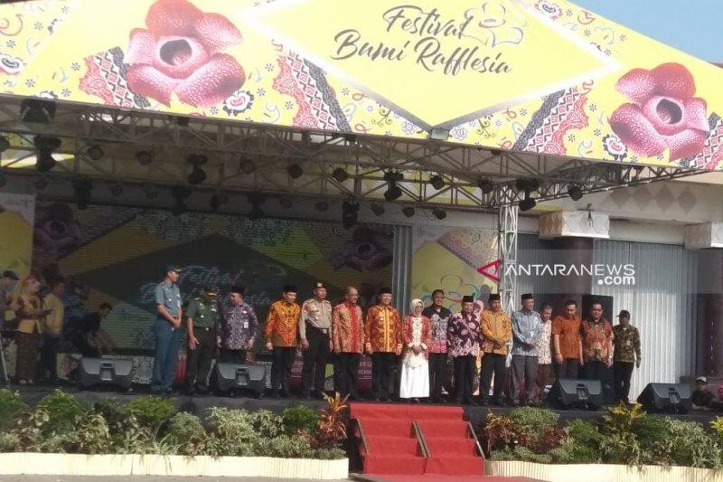 Festival Bumi Rafflesia di Bengkulu