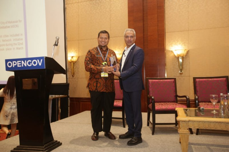 "Pemkot Makassar terima penghargaan ""Recognition of Excellence"""