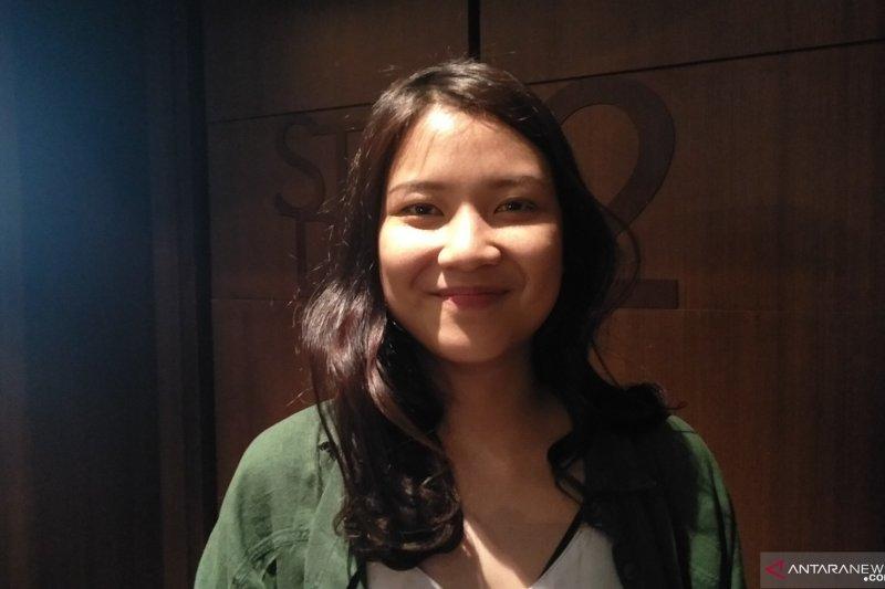 Danilla canggung main dalam film pertama