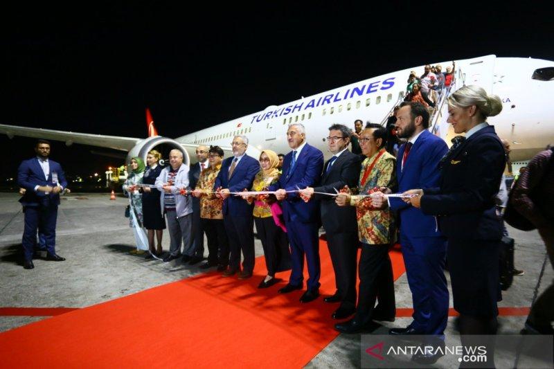 Bandara Ngurah Rai sambut penerbangan perdana Turkish Airlines