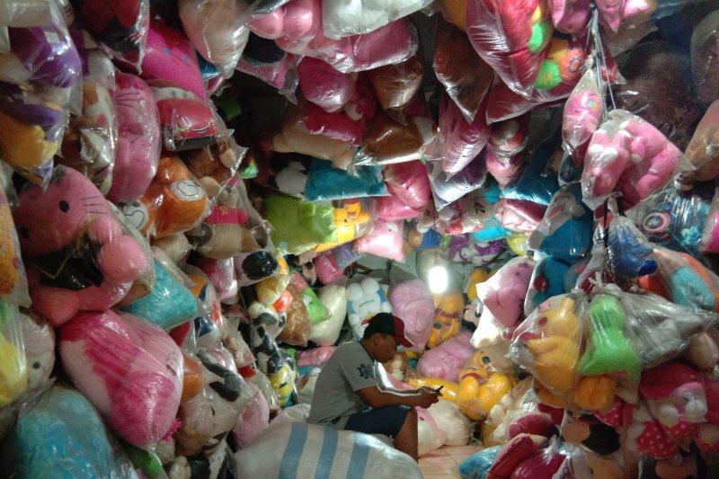 Produk mainan dalam negeri kalah saing dengan mainan impor
