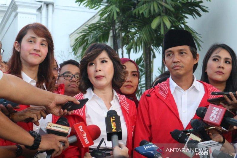 PSI perkenalkan kader kepada Presiden Jokowi