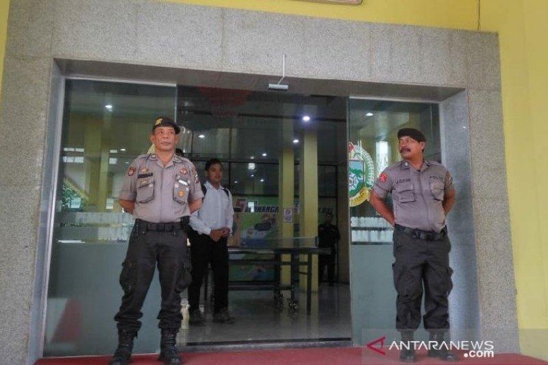 Polisi geledah Kantor Dispora Sumatera Utara