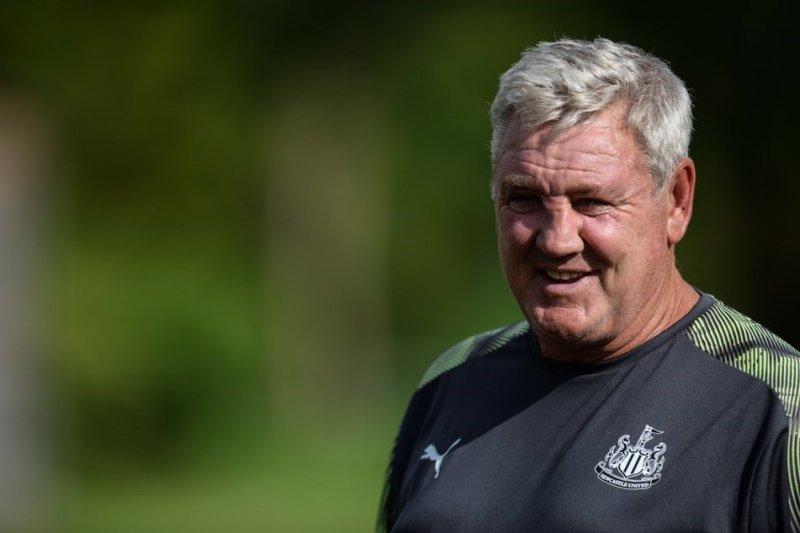 Pelatih Steve Bruce bakal unjuk kemampuan di Newcastle