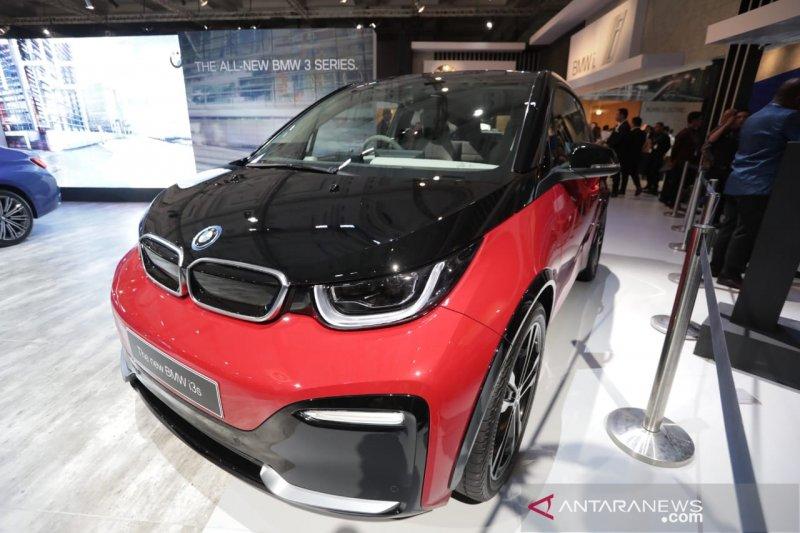 BMW perkenalkan mobil listrik seharga Rp1,299 miliar