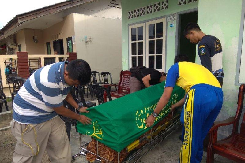 Pria berusia 62 tahun di Tanjungpinang tewas gantung diri