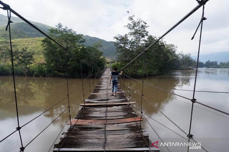 Pemkab Jayawijaya dorong penggantian jembatan semi tradisional