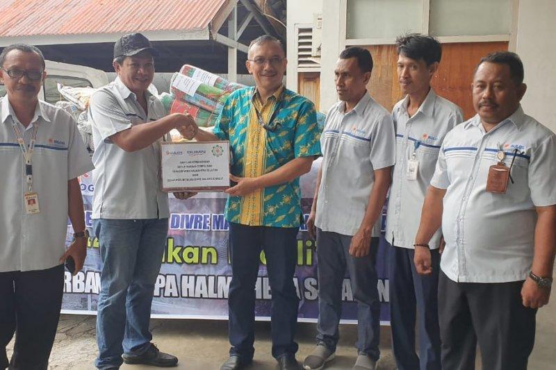 Bulog Maluku-Malut salurkan bantuan korban gempa Halmahera Selatan
