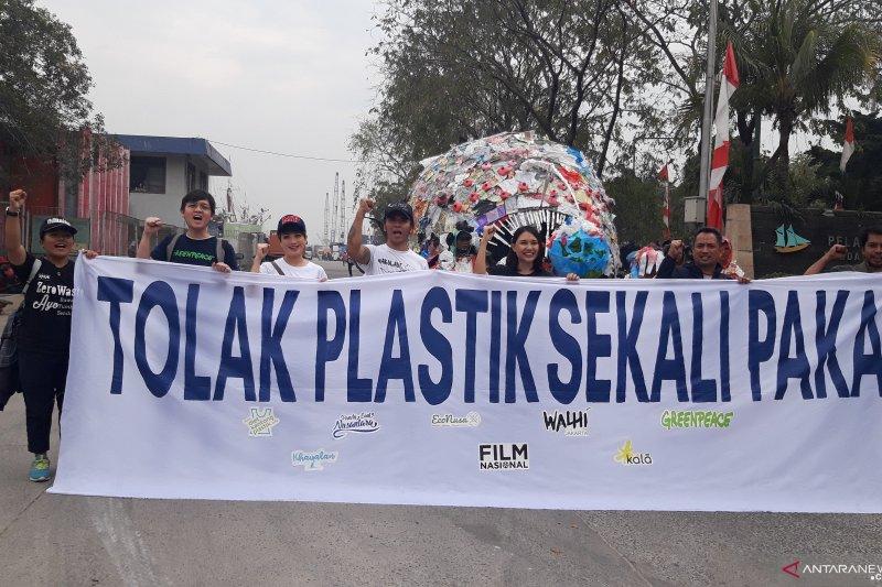 1.048 peserta mendaftar ikut pawai tolak plastik
