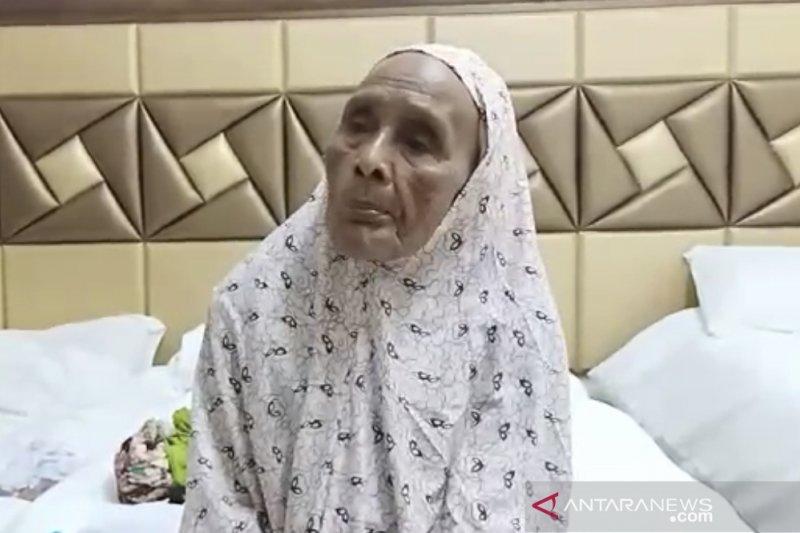 Sebanyak 69 calhaj dari Indonesia yang berusia di atas 95 tahun telah tiba di  Tanah Suci