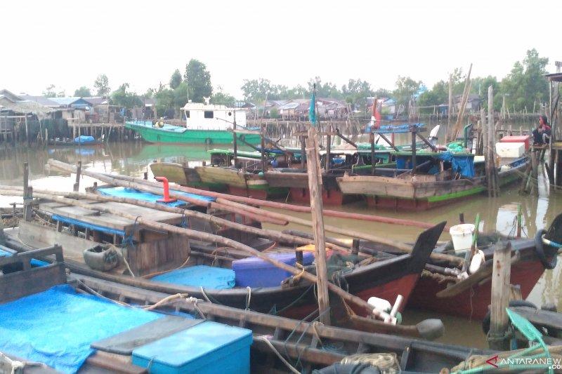 Nelayan trawl resahkan nelayan udang kipas