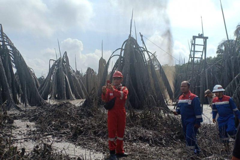 Pengeboran migas ilegal di Muba munculkan semburan lumpur setinggi 30 meter