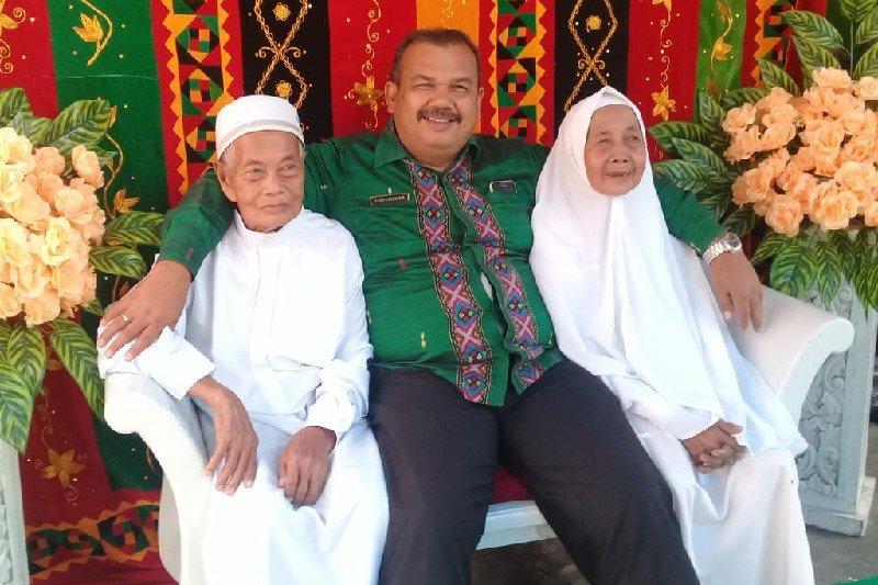 Pasutri asal Padang Sidempuan jemaah haji tertua kloter 09 Medan