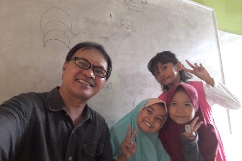 SDN Borong Makassar segera luncurkan buku Antologi Puisi