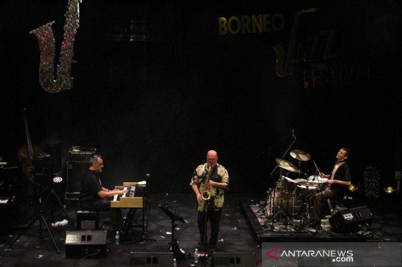Alberto Marsico Trio memukau penonton Borneo Jazz Festival 2019