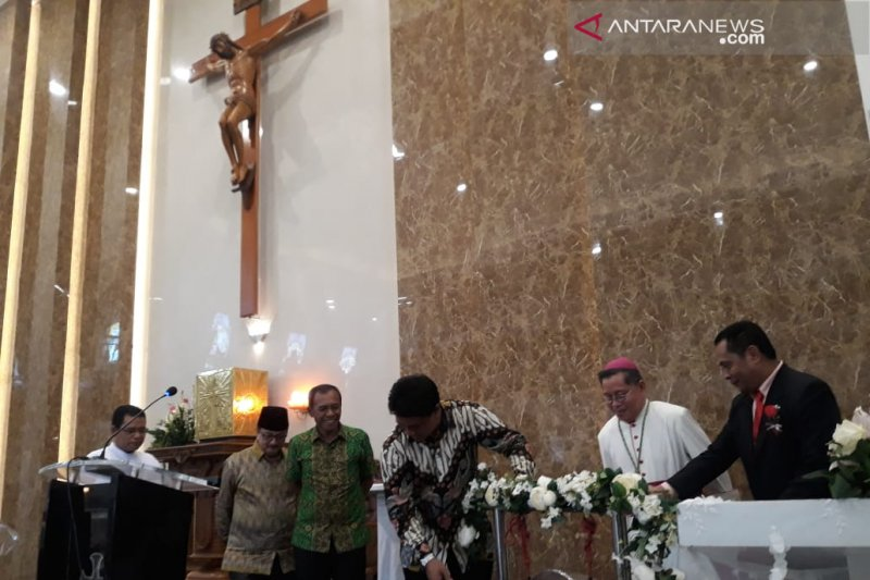 Gubernur : Gereja Katolik bentuk ketangguhan umatdari ragam pengaruh
