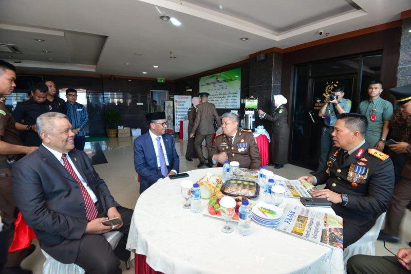 Gubernur : Kajati beri kesejukan di Sulawesi Selatan