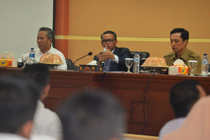 Gubernur Sulsel minta Dinas Bina Marga ciptakan standar kerja internasional