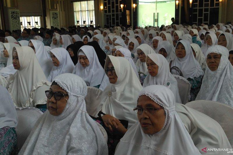 Wali Kota Jambi lepas keberangkatan 633 Calhaj