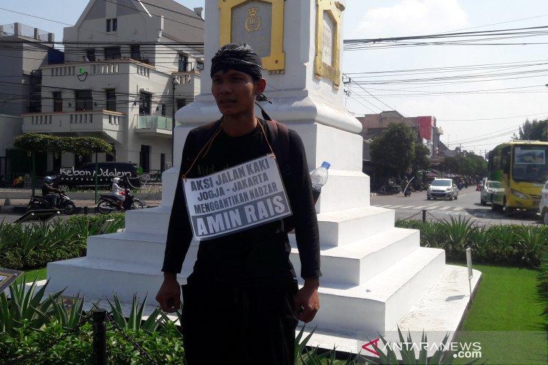 Demi nazar Amien Rais, pemuda Blora jalan kaki Yogyakarta- Jakarta