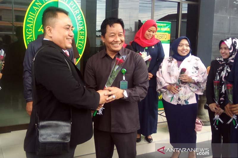 Advokat Purwokerto gelar aksi solidaritas mendukung hakim