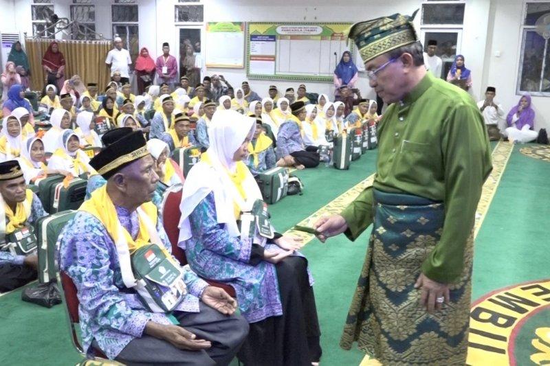 446 haji asal Inhil  tiba di debarkasi antara Pekanbaru