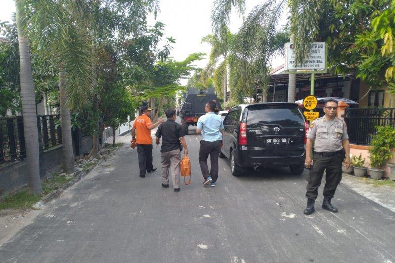 Polisi telusuri temuan senjata api dan granat di rumah gembong narkoba
