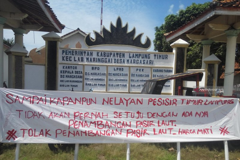 Nelayan Labuhan Maringgai kembali menolak tambang pasir laut