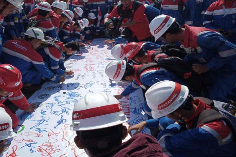 Pekerja Pertamina Balongan tolak pengalihan LNG ke PGN
