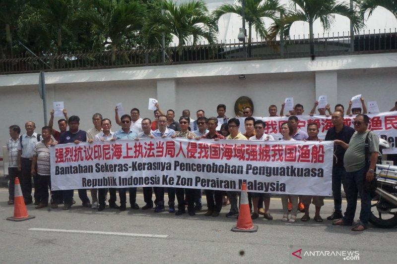 Pemilik kapal nelayan demo KBRI Kuala Lumpur