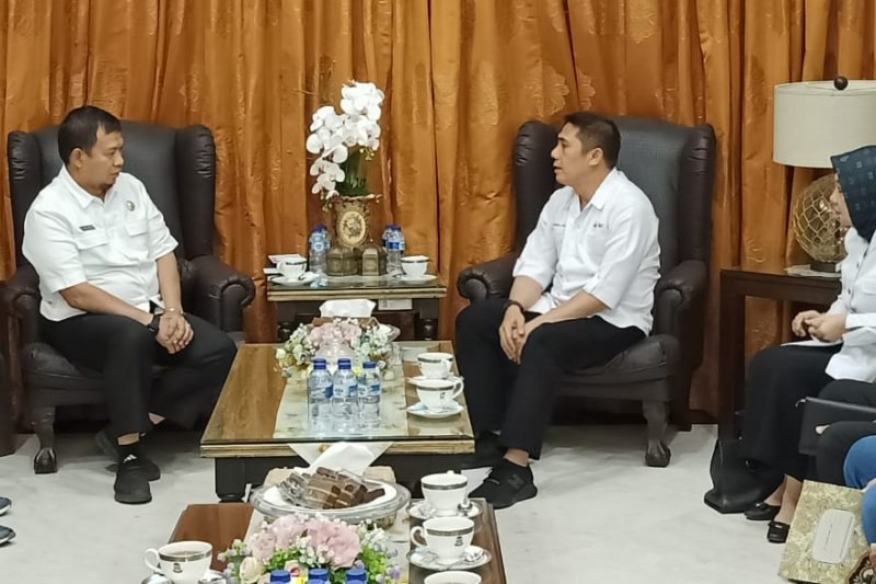 Pj Wali kota berharap PMI Makassar jadi pusat rujukan di Indonesia Timur