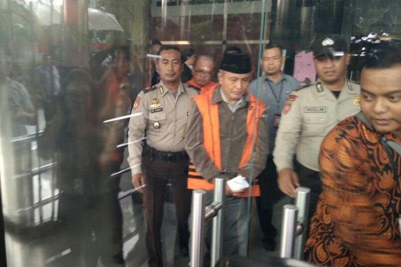 KPK tahan dua anggota DPRD Jambi