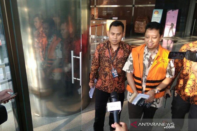 KPK perpanjang penahanan Rommy