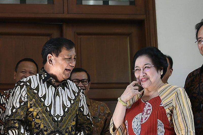 """Megawati akui """"politik nasi goreng"""" ampuh untuk Prabowo"""
