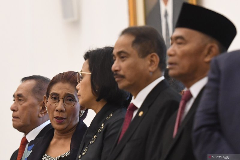 Peneliti sebut tiga menteri perempuan patut dipertahankan