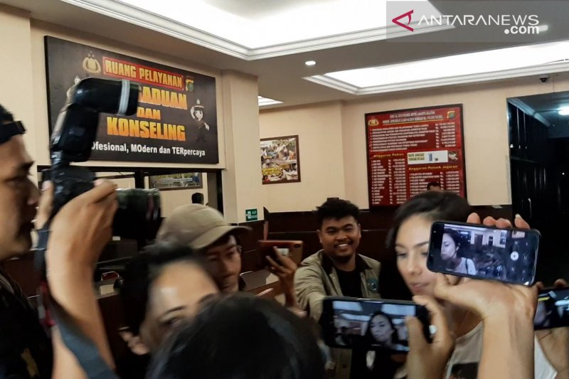 Wulan Guritno tolak berkomentar mengenai penangkapan Jefri Nichol