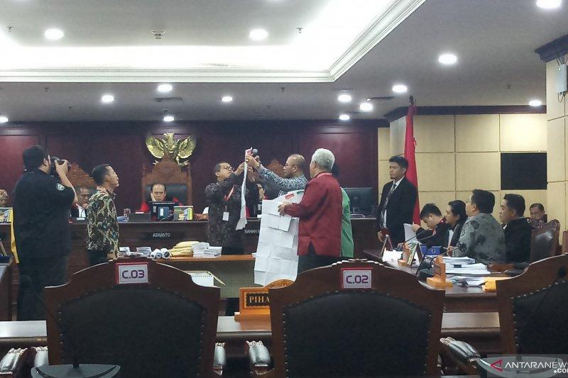 Sidang Pileg, Mahkamah buka kotak suara TPS 12 Bintan Timur, Kepri