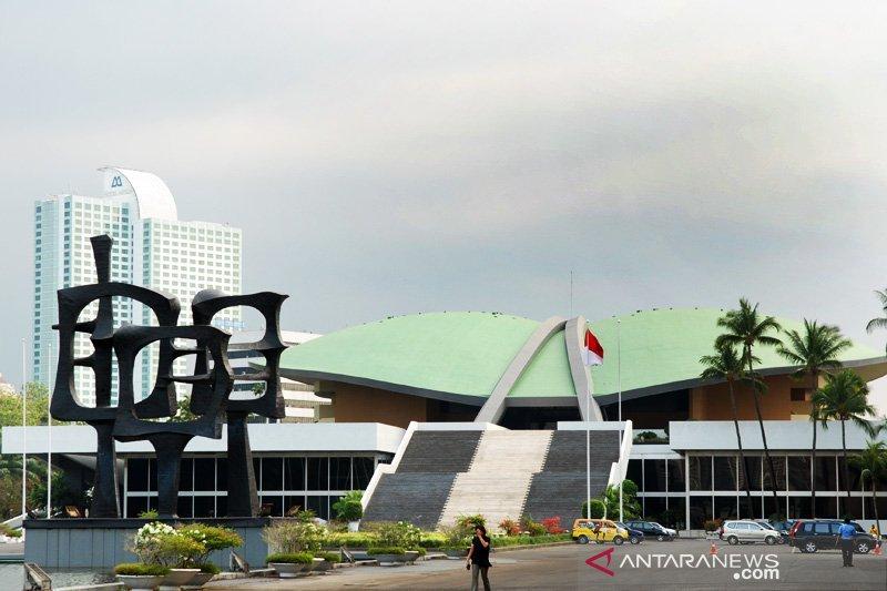 Berita politik kemarin, persiapan Sidang Tahunan MPR hingga Prabowo