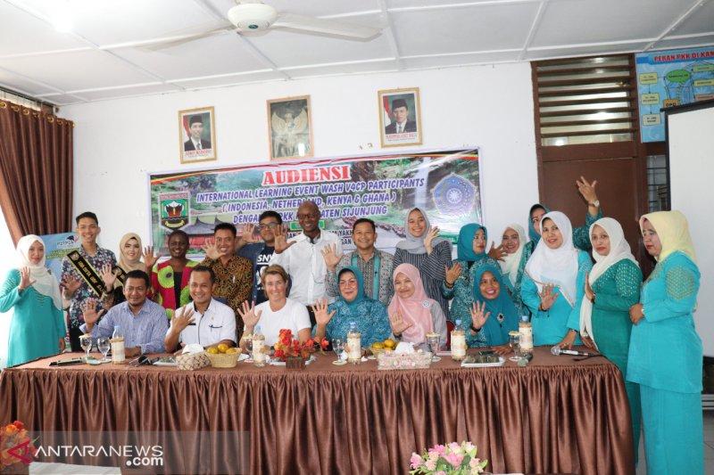 """SNV Indonesia jadi tuan rumah """"International Wash Learning Event"""" bertempat di Sijunjung"""