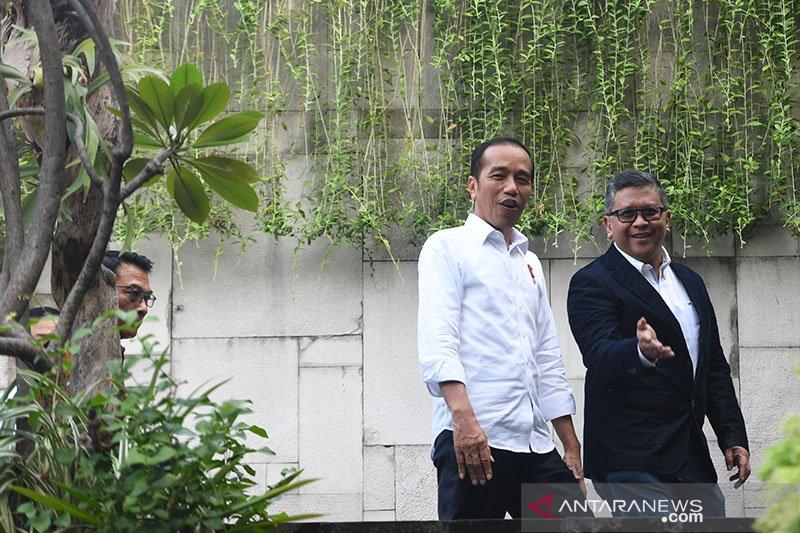 Hasto: Presiden Jokowi ambil kebijakan tepat tangani COVID-19