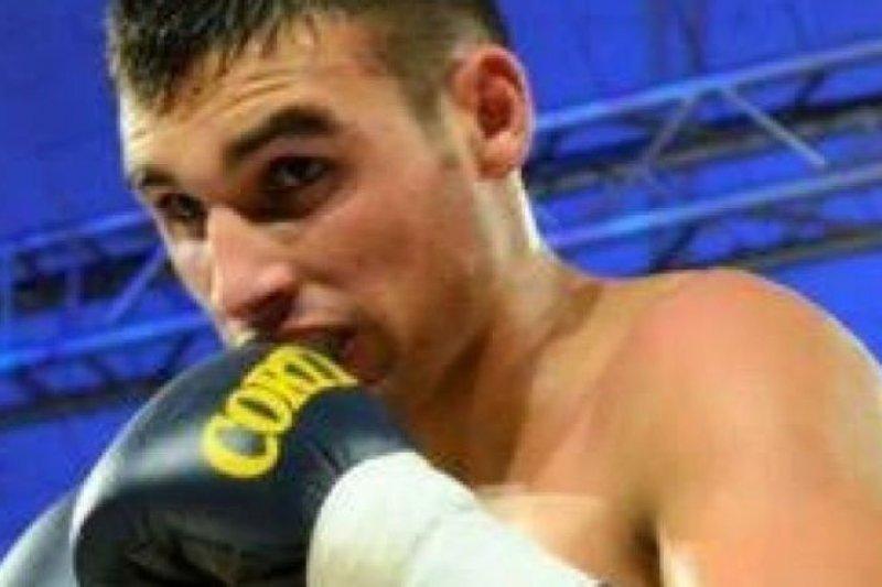 Petinju Argentina Hugo Santillan meninggal setelah cedera di atas ring